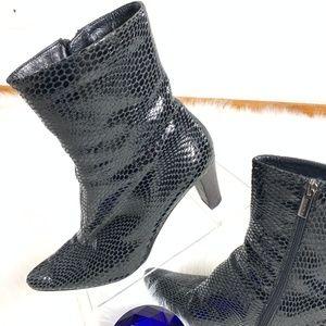 AQUATALIA Marvin K Boots Black 8.5 Snakeskin N606